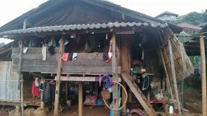 阿卡族村民的房子。